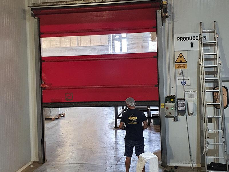 Instalación motor en puertas Valencia