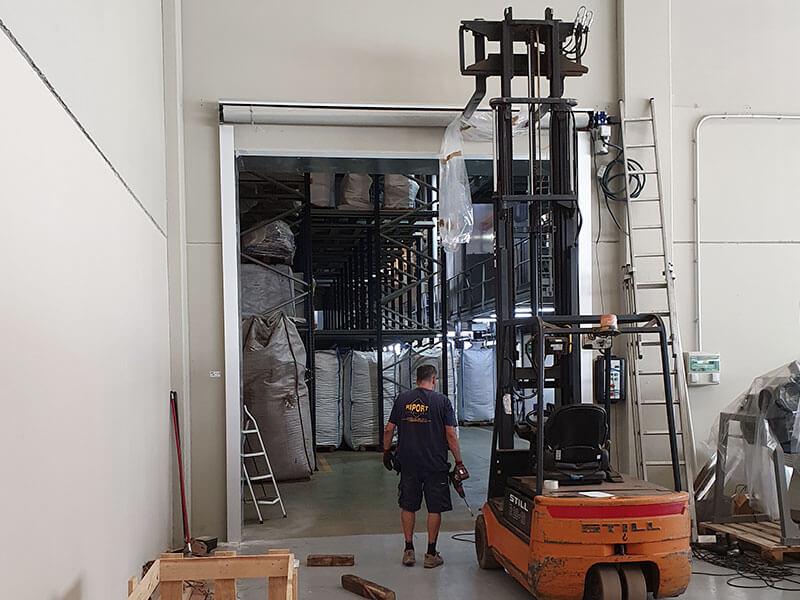 instalación de puerta enrollable en Valencia