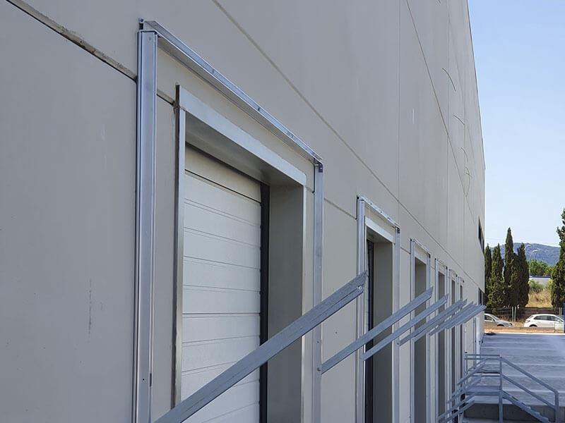 Puertas industriales en muelle de carga