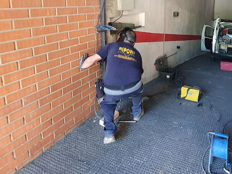 técnico reparación puertas de garaje Valencia